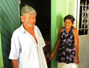 Antonio and Maria, Oaxacan hand spindle makers.
